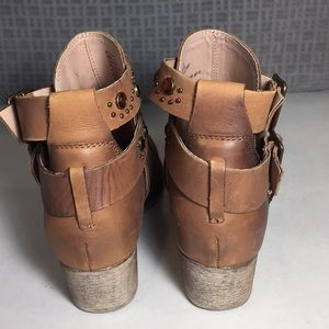 Betsey Johnson Shoes - Betsey Johnson Leather Willow Booties Size 6.5